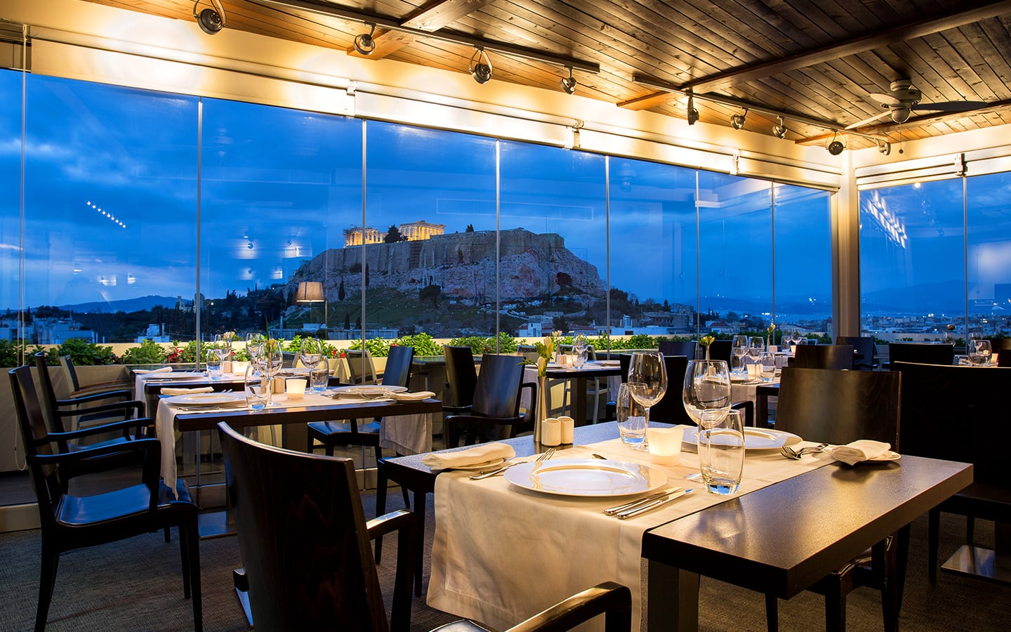 Rooftop Restaurant And Bar In Athens Gr Athens Gate Hotel